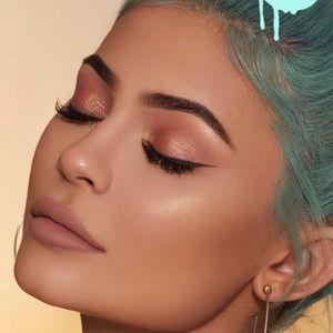 "Kylie Cosmetics Makeup - 💗Kylie Cosmetics- ""Baddie On The Black"" Blush💗"